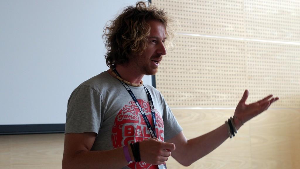 Początek warsztatów zaczęły się od pogadanki. Mówcą był Wiktor Franko.